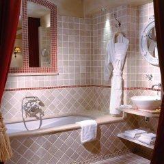 Отель Hôtel de Banville Франция, Париж - отзывы, цены и фото номеров - забронировать отель Hôtel de Banville онлайн ванная