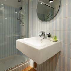 Апартаменты Playa de La Concha 3 Apartment by FeelFree Rentals ванная фото 2