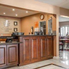 Отель Comfort Inn Monterey Park Монтерей-Парк интерьер отеля