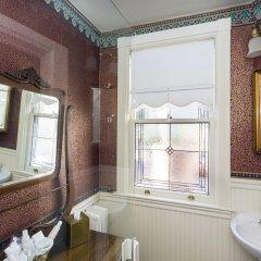 Отель Simpson House Inn ванная фото 2