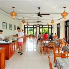 Sunshine Hotel Хойан питание