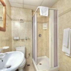 Ambassador Hotel Шемшия ванная