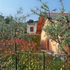 Отель Residence Boschetti Манерба-дель-Гарда балкон