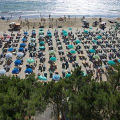 Hotel Benilva пляж