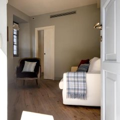 Отель Isola Bella Apartments - Via del Voltone Италия, Стреза - отзывы, цены и фото номеров - забронировать отель Isola Bella Apartments - Via del Voltone онлайн комната для гостей фото 3