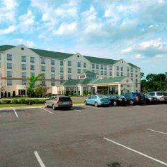 Отель Hampton Inn & Suites Columbus/University Area Колумбус парковка