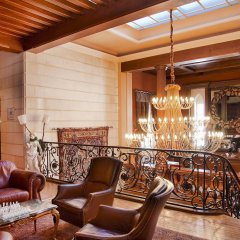 Отель Relais & Châteaux Château des Avenieres Франция, Крюсей - отзывы, цены и фото номеров - забронировать отель Relais & Châteaux Château des Avenieres онлайн интерьер отеля