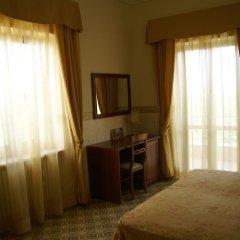 Отель Agriturismo Tenuta Quarto Santa Croce комната для гостей