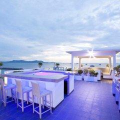 Отель Villa 7th Heaven Beach Front гостиничный бар