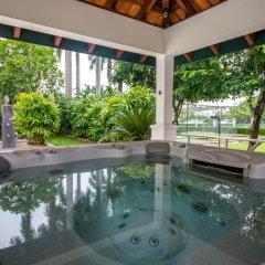 Отель Diamond Westlake Suites бассейн фото 2