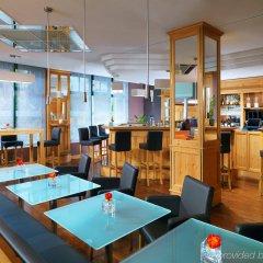Grand Excelsior Hotel München Airport гостиничный бар