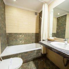 Отель Manang Непал, Катманду - отзывы, цены и фото номеров - забронировать отель Manang онлайн ванная фото 2