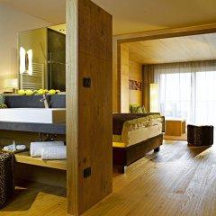 Отель La Maiena Life Resort Марленго сейф в номере