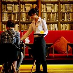 Отель Page 10 Hotel & Restaurant Таиланд, Паттайя - отзывы, цены и фото номеров - забронировать отель Page 10 Hotel & Restaurant онлайн фитнесс-зал фото 2