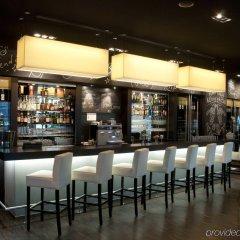 Отель Holiday Inn Zurich - Messe гостиничный бар