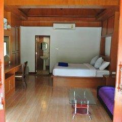 Отель Rasa Sayang Resort Ланта сейф в номере