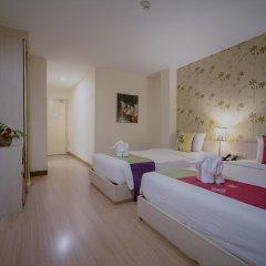 Отель Villa Cha Cha Rambuttri Бангкок комната для гостей фото 2