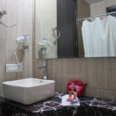 OYO 527 Hotel Le Cadre ванная