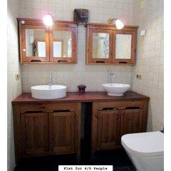 Отель Martha's Guesthouse Испания, Барселона - отзывы, цены и фото номеров - забронировать отель Martha's Guesthouse онлайн ванная фото 2