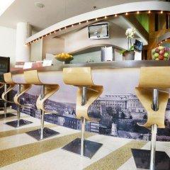 Lanchid 19 Design Hotel гостиничный бар