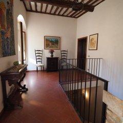 Отель Antica Posta Италия, Сан-Джиминьяно - отзывы, цены и фото номеров - забронировать отель Antica Posta онлайн интерьер отеля