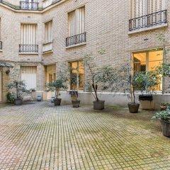 Отель Sochic Suites Paris Haussmann