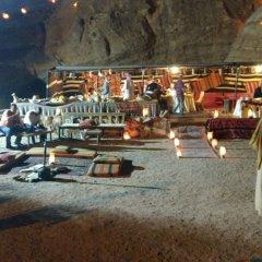 Отель Petra Mars Camp Иордания, Вади-Муса - отзывы, цены и фото номеров - забронировать отель Petra Mars Camp онлайн пляж фото 2