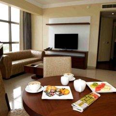 Отель The Avenue Suites Лагос в номере