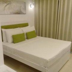 Отель Thilhara Days Inn комната для гостей фото 2