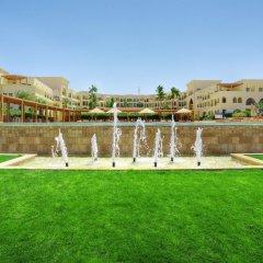 Отель Radisson Blu Tala Bay Resort, Aqaba спортивное сооружение