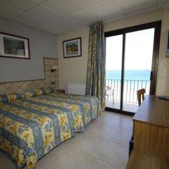 Отель Marian Platja Курорт Росес комната для гостей фото 2