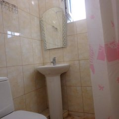 """Гостиница Guest House """"eucalyptus"""" в Сочи отзывы, цены и фото номеров - забронировать гостиницу Guest House """"eucalyptus"""" онлайн ванная фото 2"""