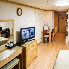 Отель M Chereville Residence - MC Korea Южная Корея, Сеул - отзывы, цены и фото номеров - забронировать отель M Chereville Residence - MC Korea онлайн комната для гостей