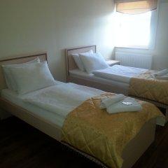 Гостиница Золотая ночь комната для гостей фото 3