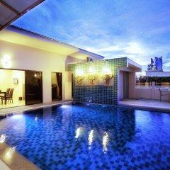 Отель G Penthouse бассейн