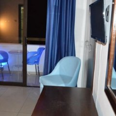 Les Palmiers Beach Hotel in Larnaca, Cyprus from 124$, photos, reviews - zenhotels.com in-room amenity photo 2