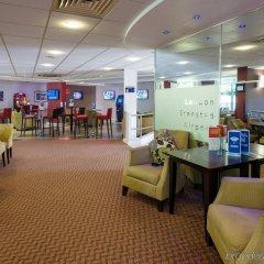 Отель Holiday Inn Express London Stansted интерьер отеля фото 2