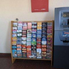 Отель Marina 7 Motel США, Лос-Анджелес - отзывы, цены и фото номеров - забронировать отель Marina 7 Motel онлайн банкомат