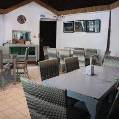 Отель The Club Ten Beach Resort Филиппины, остров Боракай - отзывы, цены и фото номеров - забронировать отель The Club Ten Beach Resort онлайн питание фото 3