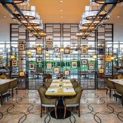 Отель The Ritz-Carlton, Millenia Singapore питание