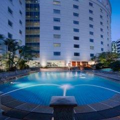 Rendezvous Hotel Singapore бассейн