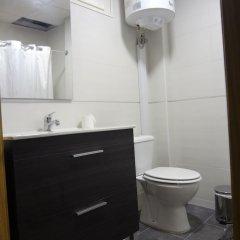Отель Carlos Rooms Торремолинос ванная фото 2