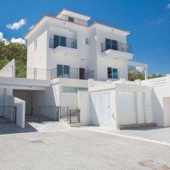 Отель Villa Margarita Bay Кипр, Протарас - отзывы, цены и фото номеров - забронировать отель Villa Margarita Bay онлайн парковка