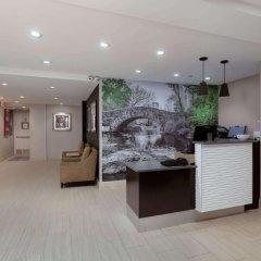 Отель La Quinta Inn & Suites New York City Central Park США, Нью-Йорк - отзывы, цены и фото номеров - забронировать отель La Quinta Inn & Suites New York City Central Park онлайн интерьер отеля фото 3