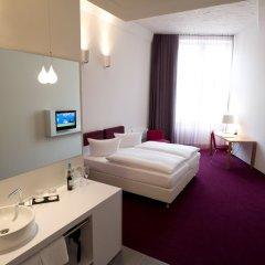 Отель Wyndham Garden Berlin Mitte 4* Стандартный номер с двуспальной кроватью фото 9