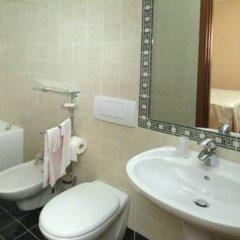 Отель Caravaggio Италия, Флоренция - отзывы, цены и фото номеров - забронировать отель Caravaggio онлайн ванная