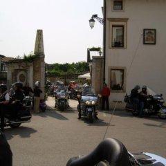 Hotel In Sylvis Ceggia парковка