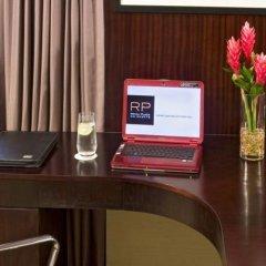 Отель Royal Plaza On Scotts Сингапур, Сингапур - отзывы, цены и фото номеров - забронировать отель Royal Plaza On Scotts онлайн сейф в номере