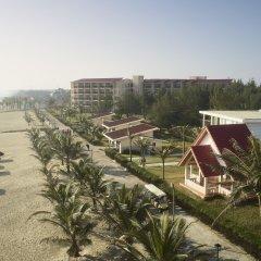 Отель Centara Sandy Beach Resort Danang пляж