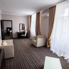 Гостиница Рейкарц Сумы комната для гостей фото 6
